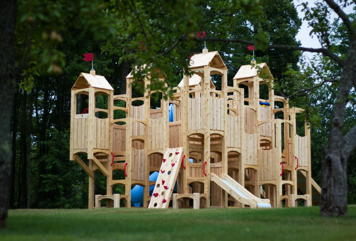 08-Wooden Swing Sets Designs